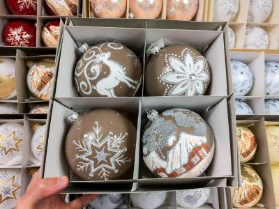 Set of beige scandinavian mix -  120 mm 4 pcs glass christmas balls